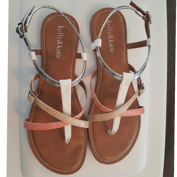272d98981 KELLY   KATIE Women s Size 8 Multi-color Sandals